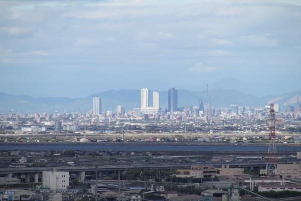 四日市港ポートビルから見た名駅
