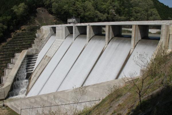 野洲川ダム~左岸下流側より~