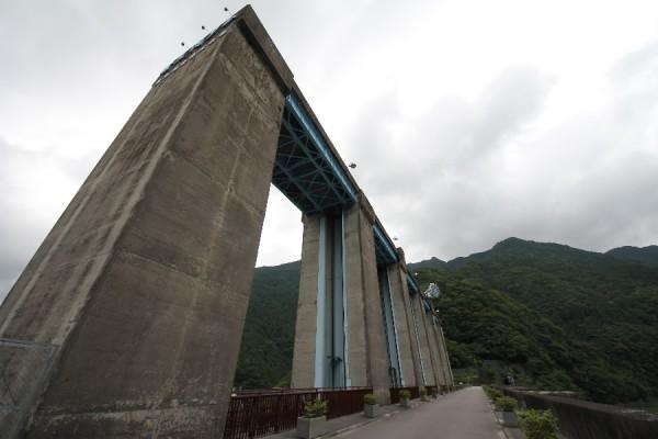 佐久間ダムのゲートピア