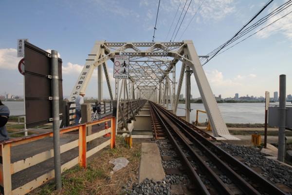 赤川鉄橋(右岸より)